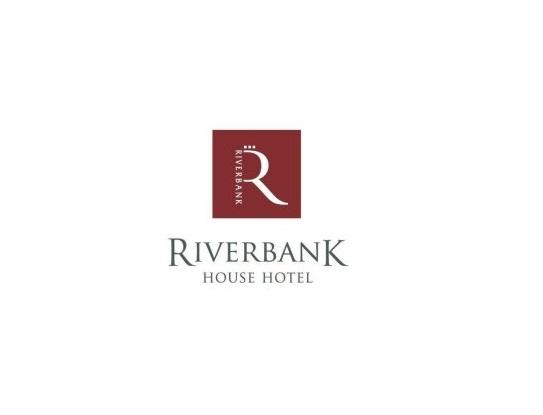 Riverbankhouse